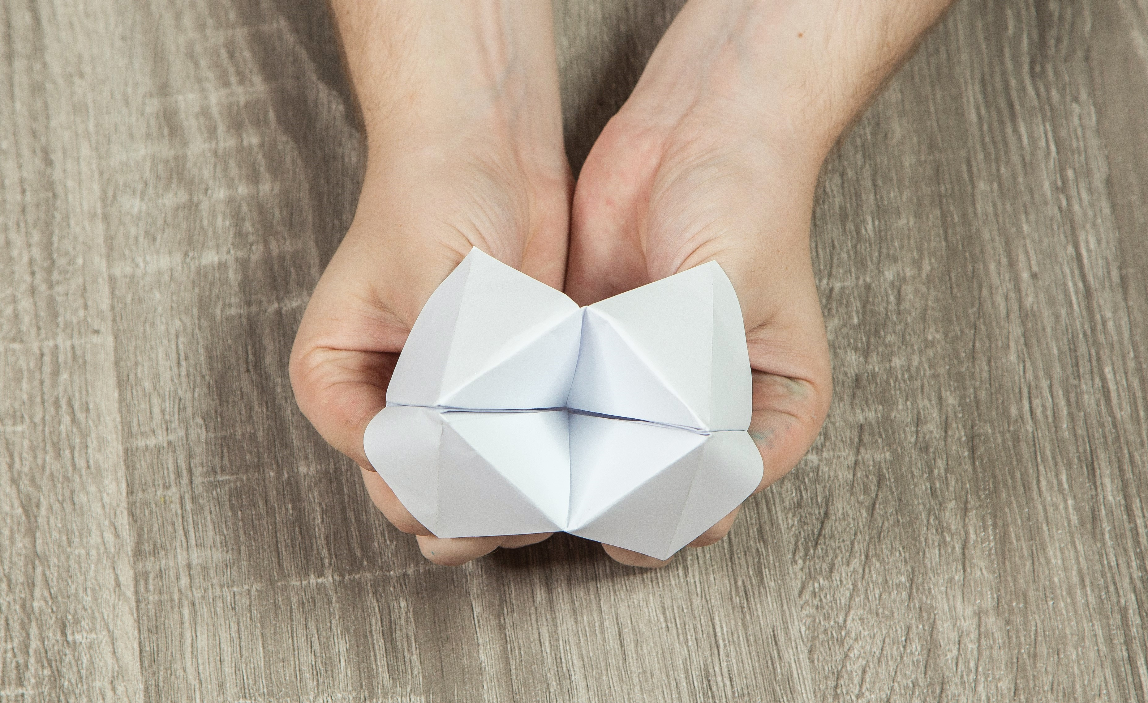 Cootie catcher or Fortune Teller –A Traditional Playground Paper Toy | 2275x3711